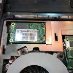 ノートPCのドライブを交換する